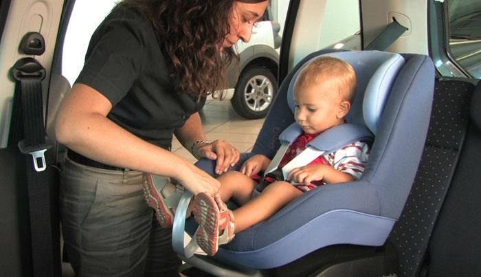 sicurezza del bimbo dipende dai seggiolini auto